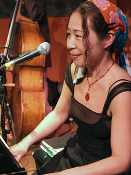 Yoko Noge, Chicago
